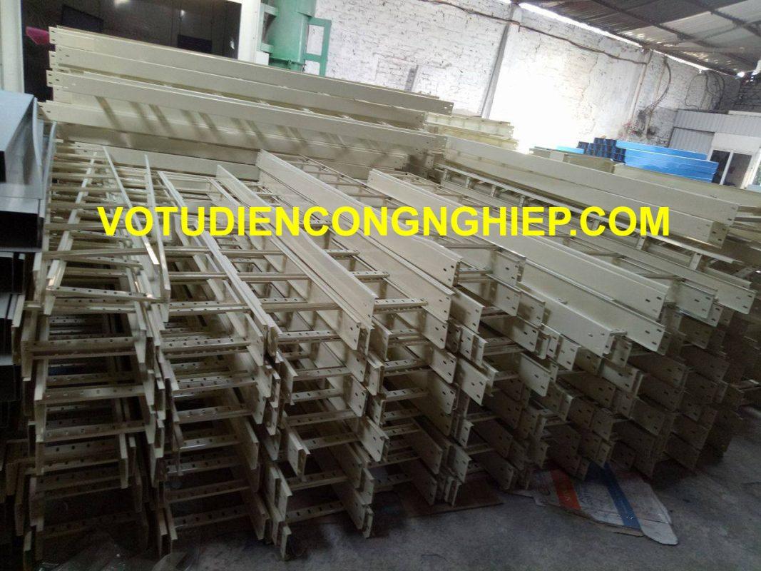 Delta Hà Nội cung cúng thang máng cáp giá xưởng